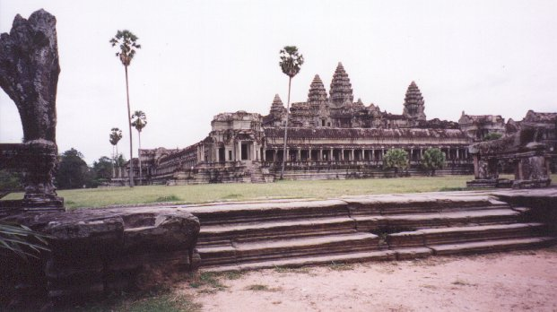 This again shows the main temple, but from just in front of it. From this photo, you can see that the entire main temple has been built on a plateau several feet high.