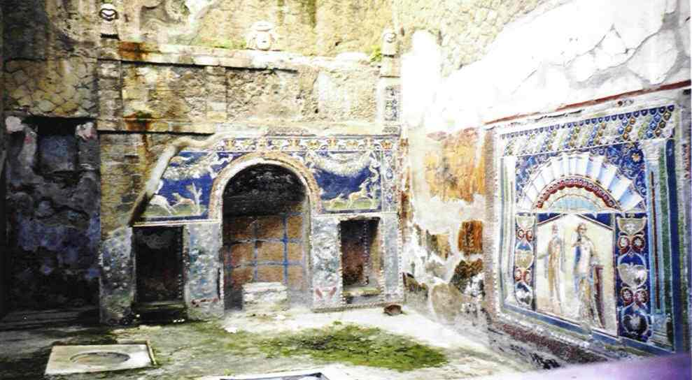 These are some of the murals which have been preserved under the mud. These are in a building known as the 'House of Neptune and Amphitrite'.